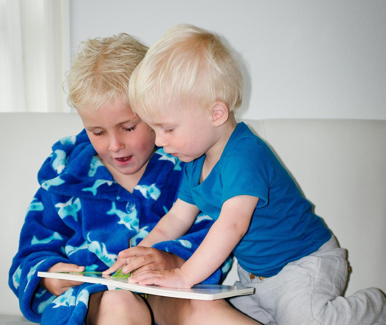 Почему дети не читают книги