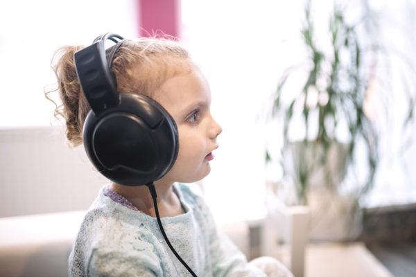какую музыку можно включать детям